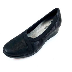 Clarks Womans 13288 Black Cloudsteppers Loafer 8M